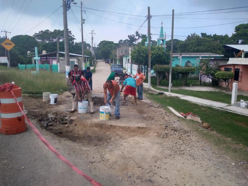 Ciudadanos avanzan con trabajos de rehabilitación en Tamiahua
