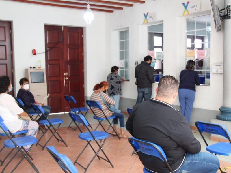 Ciudadanos de Xalisco rezagan pago de predial por 8 millones