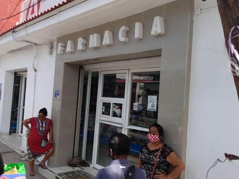 Ciudadanos denuncian falta medicamentos en farmacias por pandemia