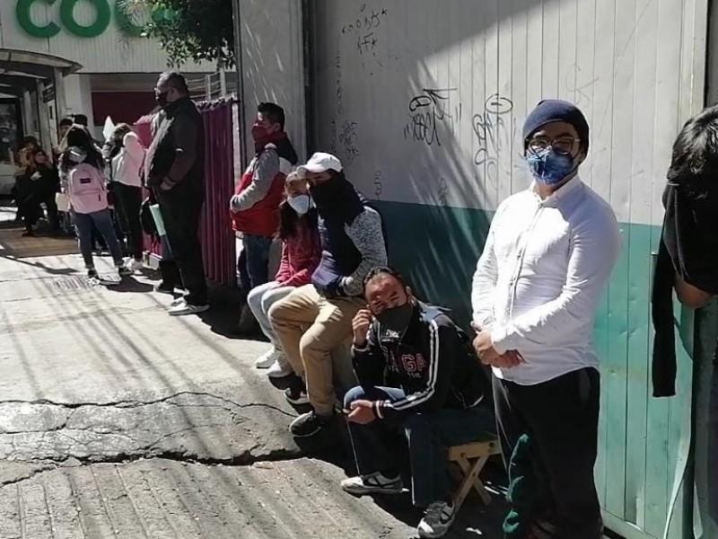 Ciudadanos denuncian que no los quieren atender en módulos INE