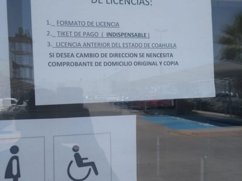 Ciudadanos desaprueban el precio de licencias