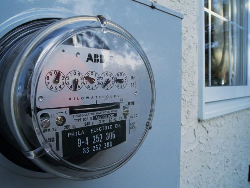 Ciudadanos esperan pagar menos de luz con reforma energética