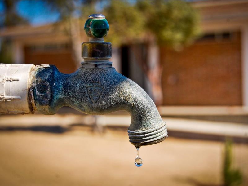 Ciudadanos pueden denunciar tomas irregulares de agua potable