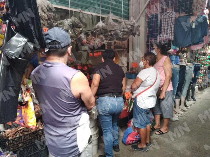 Ciudadanos celebrarán Día de Muertos desde casa, realizan preparativos
