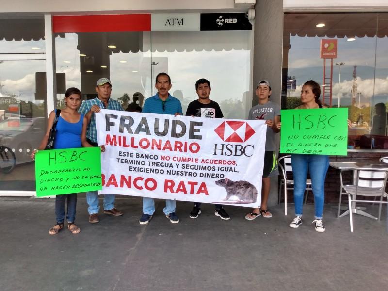 Ciudadanos se manifiestan en HSBC