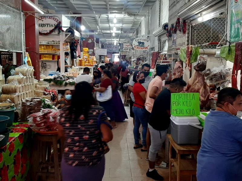 Ciudadanos se preparan ante segundo cierre comercial en Tehuantepec