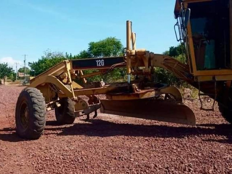 Ciudadanos solicitan rehabilitación de vialidades en Jacona