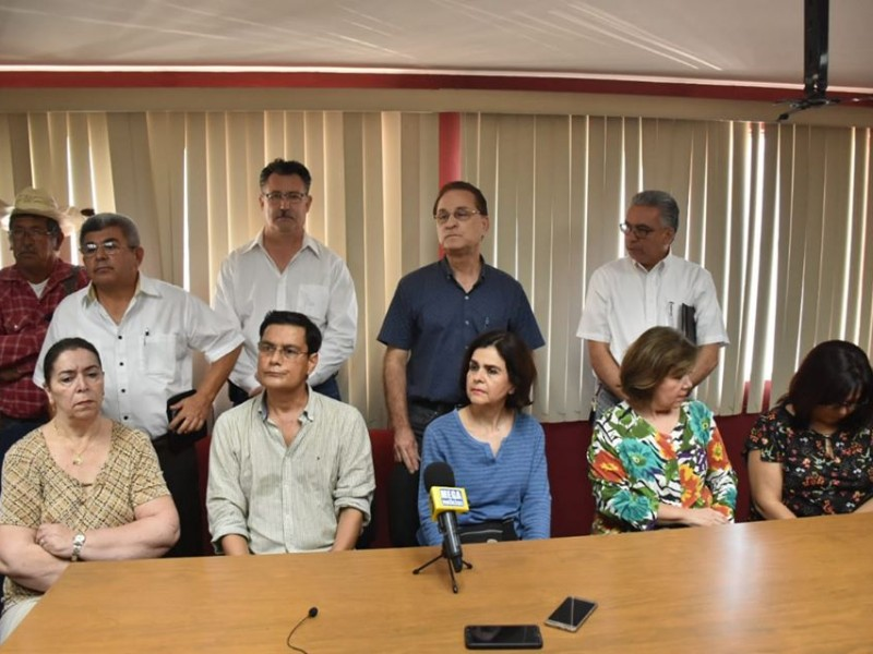 Ciudadanos toman Palacio Municipal en Navojoa