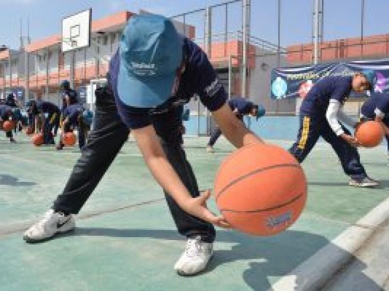 Clase de educación física primordial para mantener buena salud