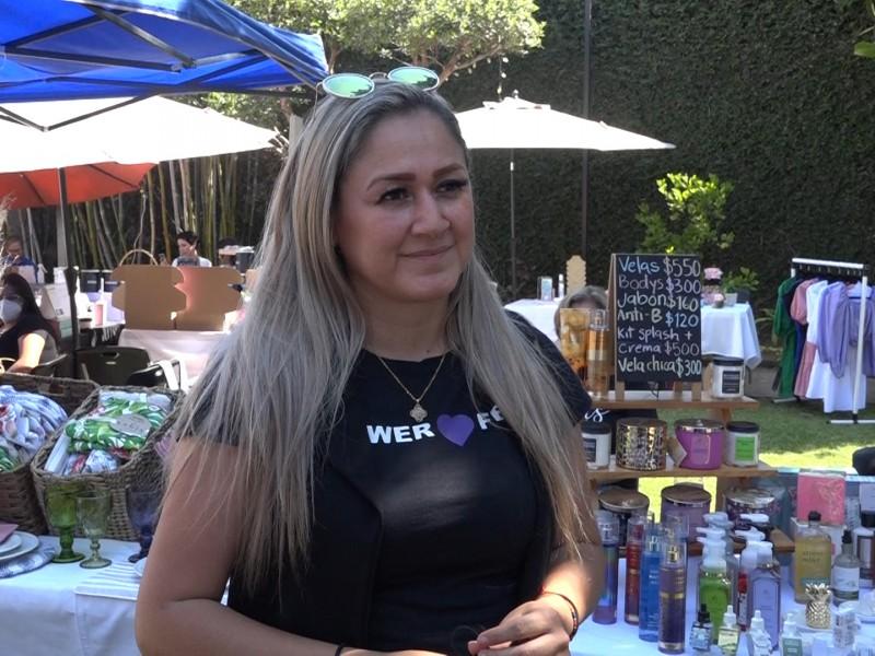 Claudia Moreno ayuda a empoderar mujeres en
