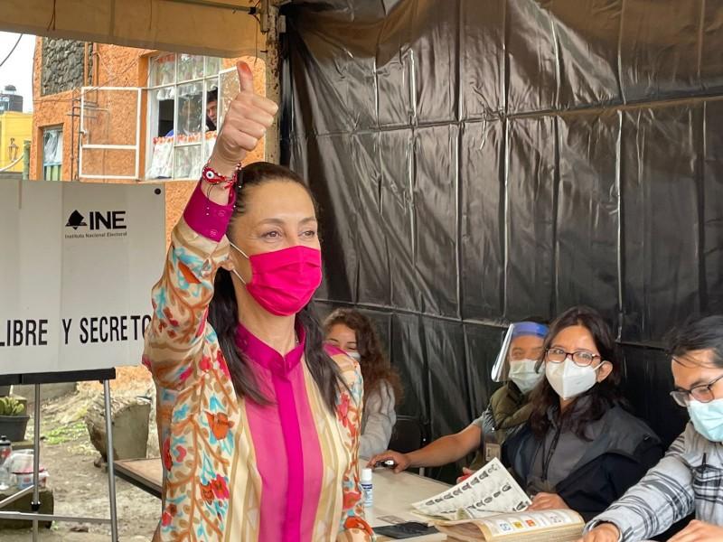 Claudia Sheinbaum emite su voto en Tlalpan