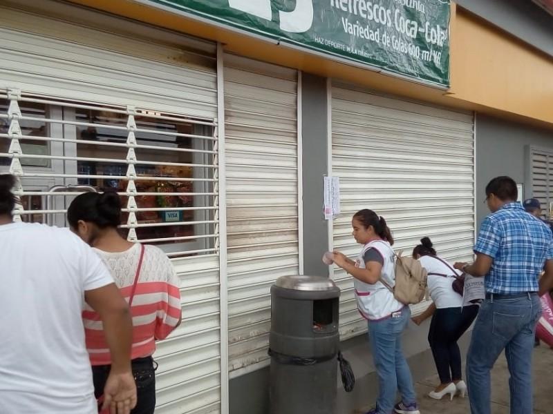 Clausuran temporalmente 5 tiendas OXXO en Tehuantepec