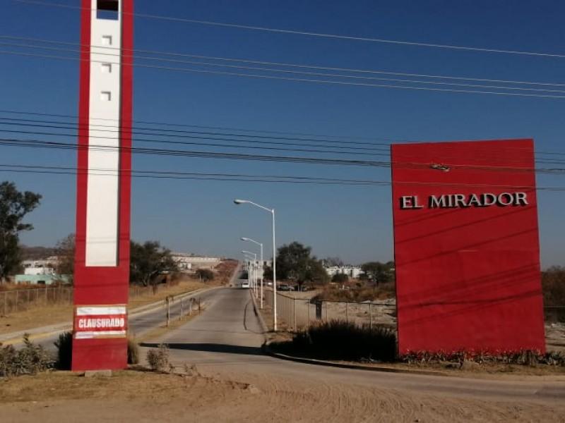 Clausuran fraccionamiento El Mirador por irregularidades ambientales en El Salto