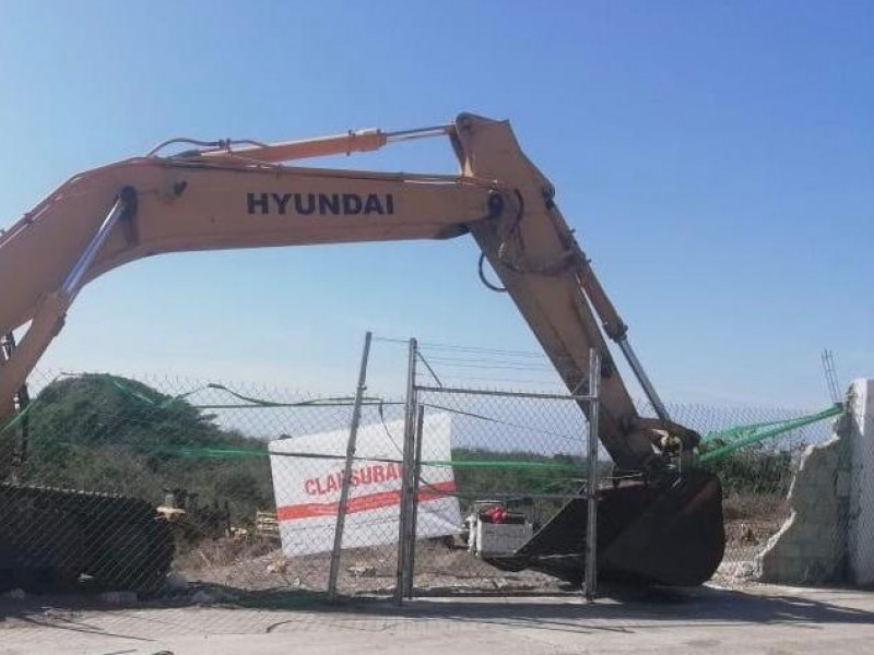 Clausuran proyecto residencial Mandara