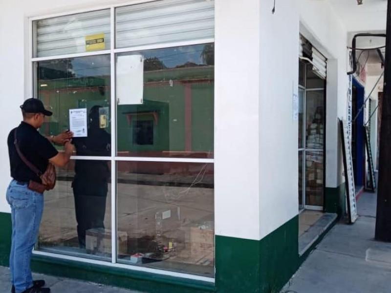 Clausuran sucursal de Banco Bienestar en Santo Domingo Zanatepec