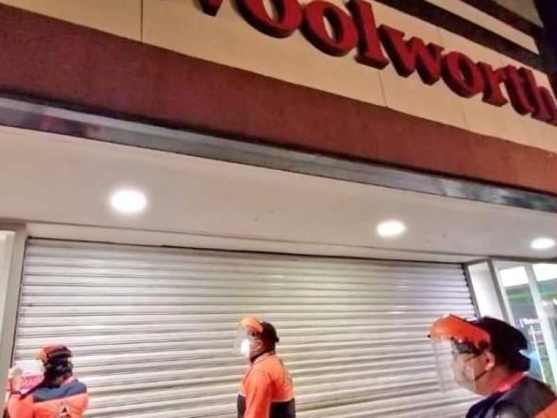 Clausuran tienda departamental tras violar aforo permitido