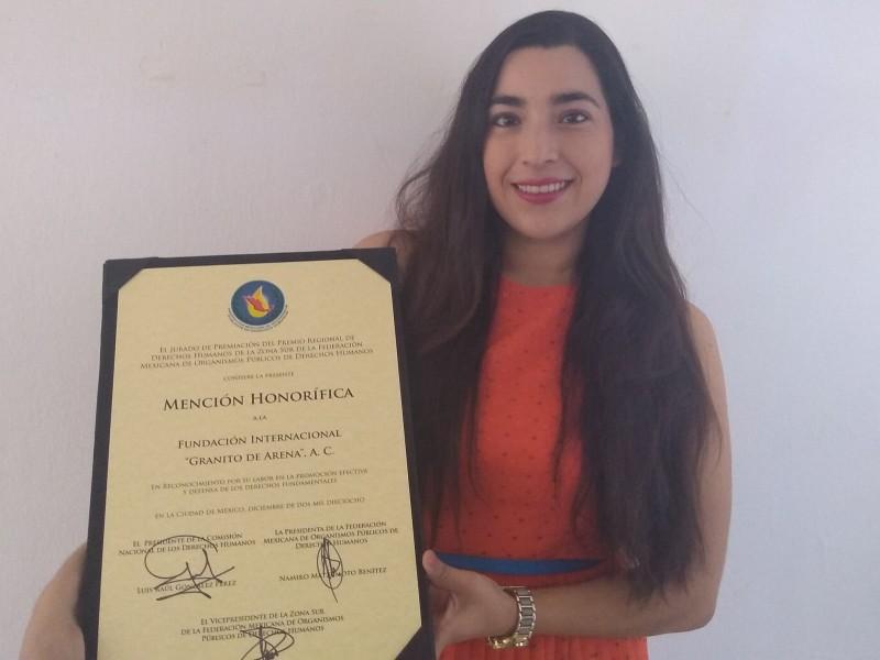 CNDH brinda reconocimiento a asociación civil en Chiapas