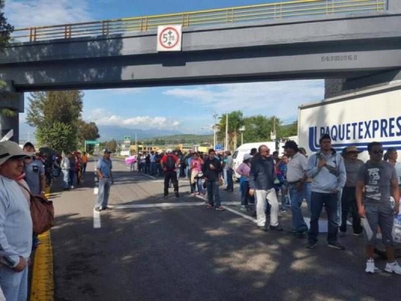 CNTE bloqueará carreteras y casetas este martes