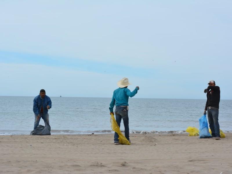¡Cochinones! Dejan más de 12 toneladas de basura en Huatabampito