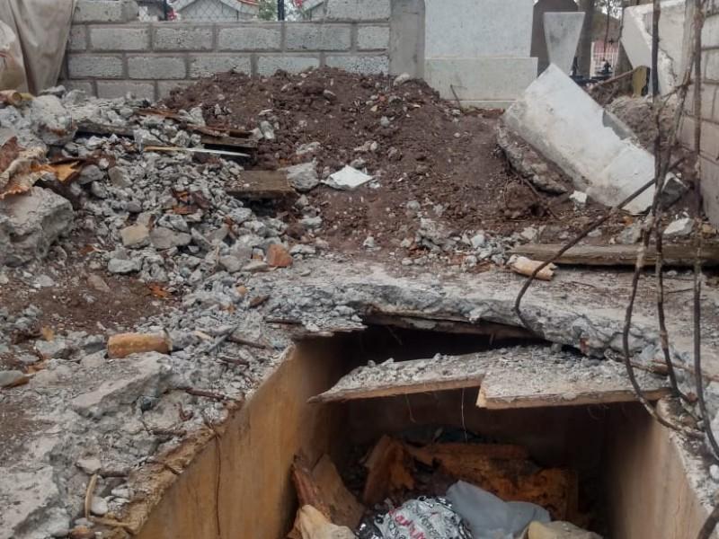 Coepris emitirá recomendación para regular exhumaciones en Cortines