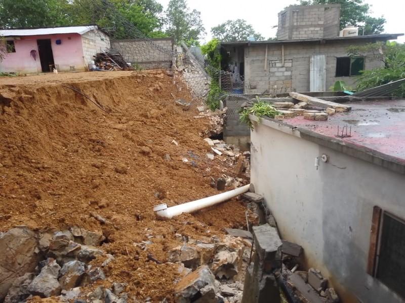 Colapso de muros e inundaciones, el saldo en Matías Romero