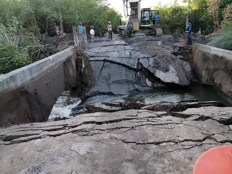 Colapsó puente carretero en San Blas
