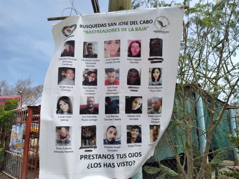 Colectivo de búsqueda coloca 45 lonas en colonias del municipio