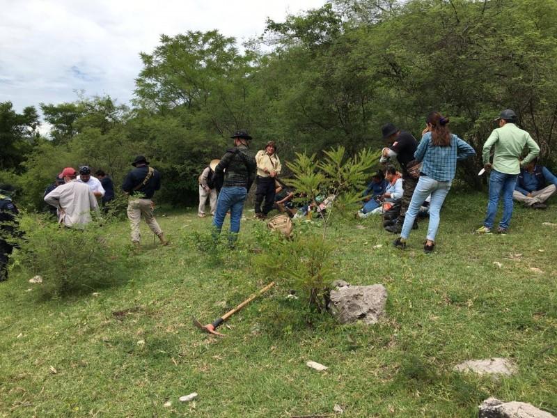 """Colectivo """"Los Otros Desaparecidos de Iguala"""" reinician búsqueda"""
