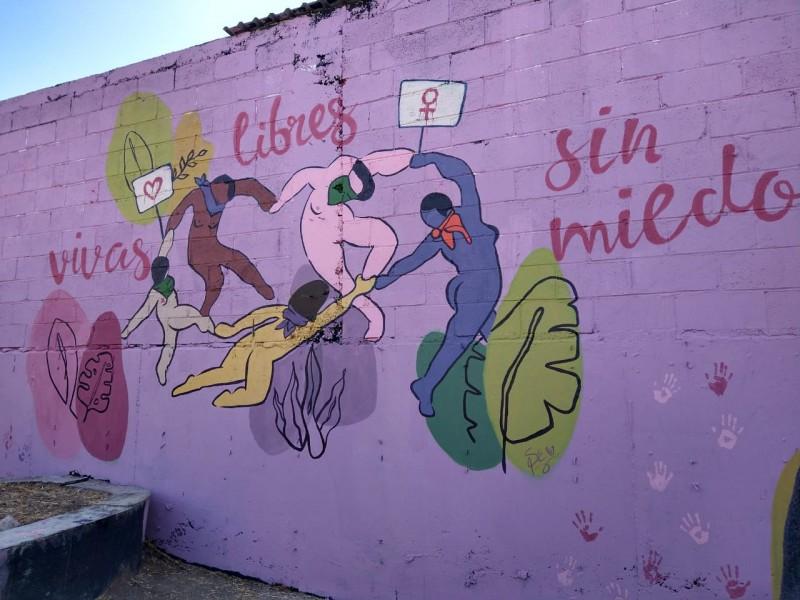 Colectivos demandan un alto a la violencia; inauguran mural