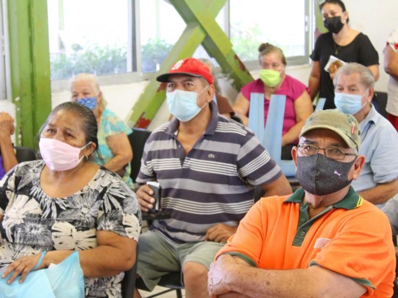 Colima supera barrera de 13 mil contagios Covid