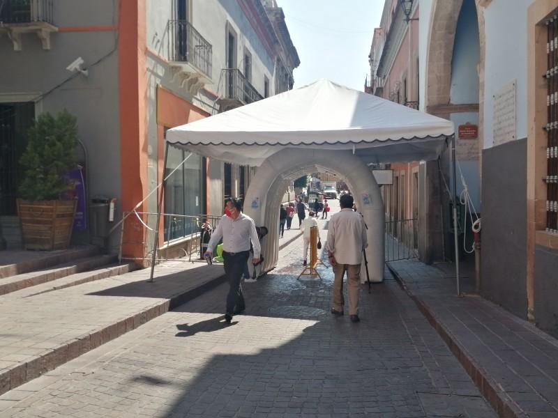 Colocan arcos sanitizantes en Guanajuato Capital