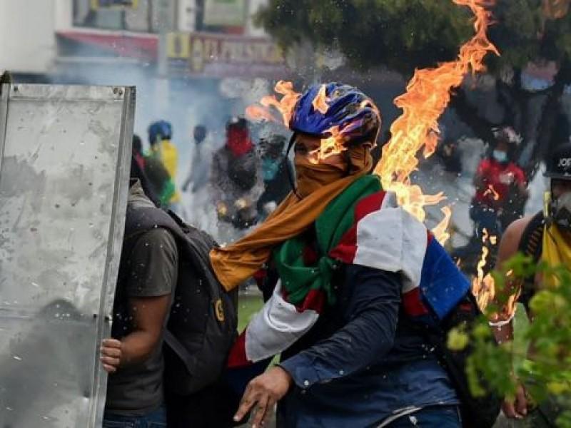 Colombia arde y sangra en medio de protestas