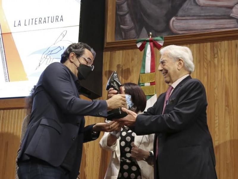 Colombia se lleva premio Bienal de Novela Vargas Llosa