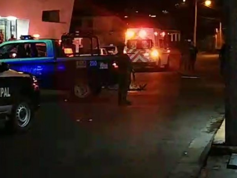 Comandó armado ejecuta un hombre en la calle 14