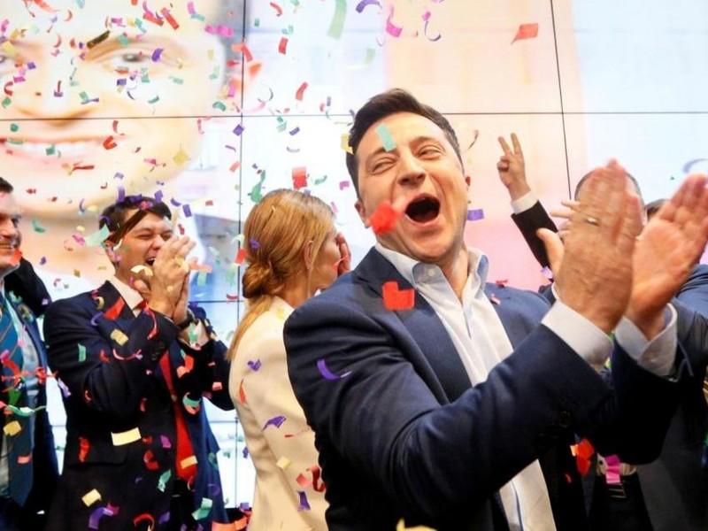Comediante gana segunda vuelta presidencial de Ucrania