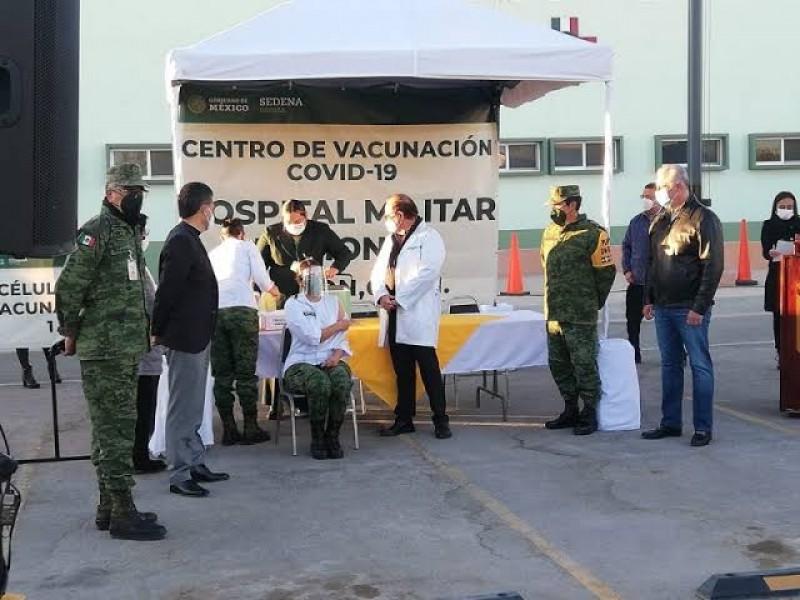 Comenzará el martes vacunación de maestros en Torreón