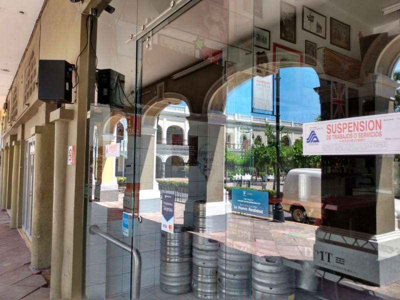 Comerciantes, a favor y en contra de cierres de bares