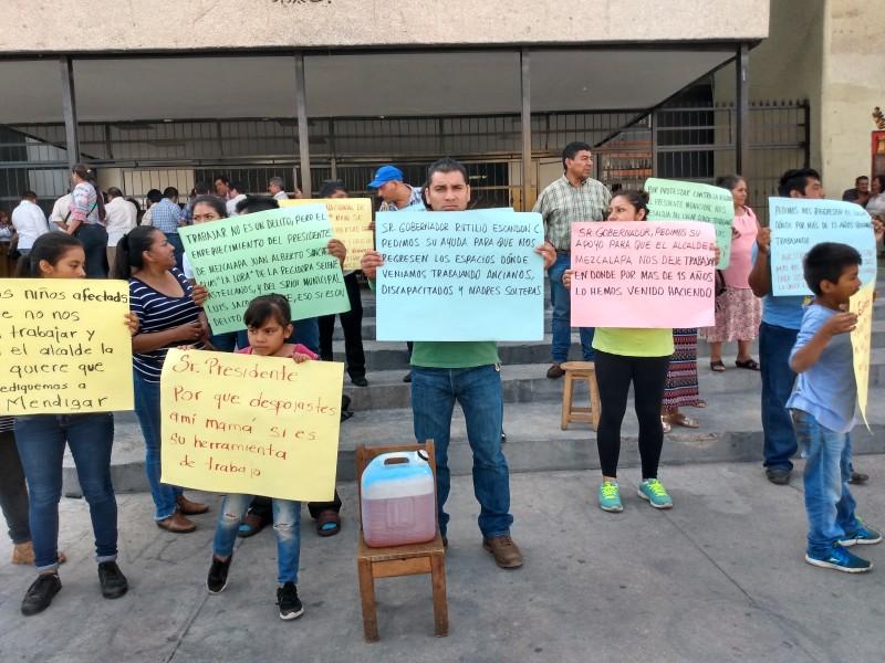Comerciantes de Mezcalapa amenazan con inmolarse