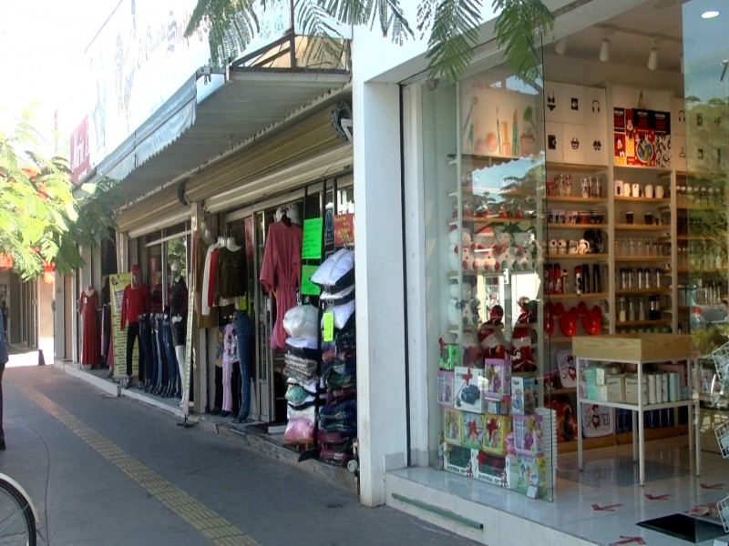 Comerciantes temen ante riesgo de cierre de negocios