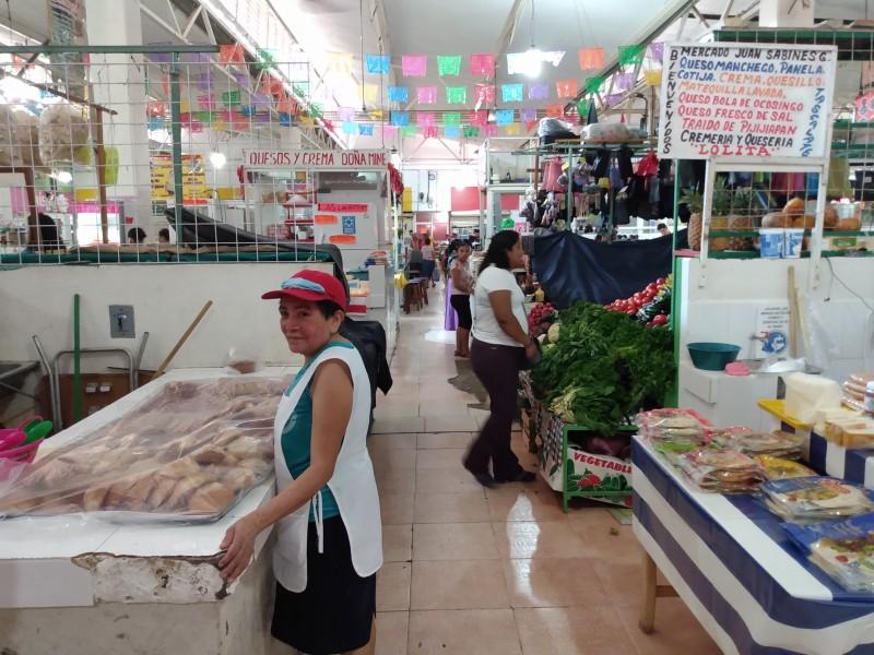Comercio informal controlado más no regulado