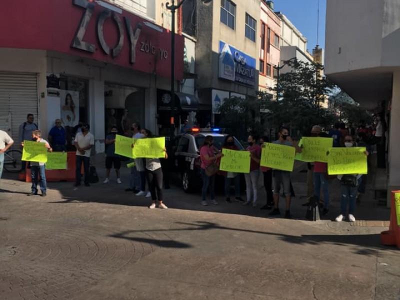 Comercios establecidos del centro reabren calle Puebla