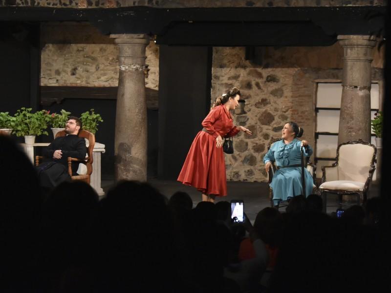 """Cómicos de la Legua presenta """"Teatro en casa"""""""