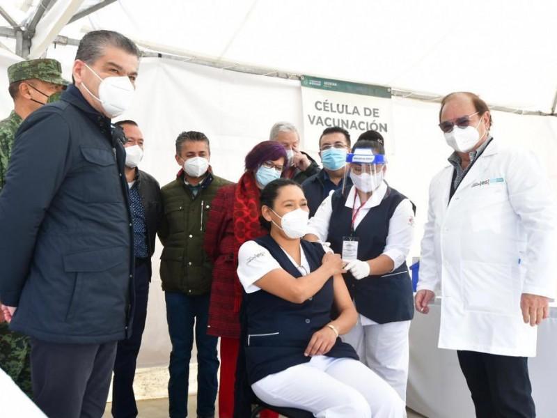 Comienza vacunación en Coahuila