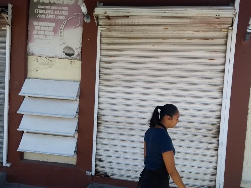 Comienzan a cerrar comercios en el centro de San José