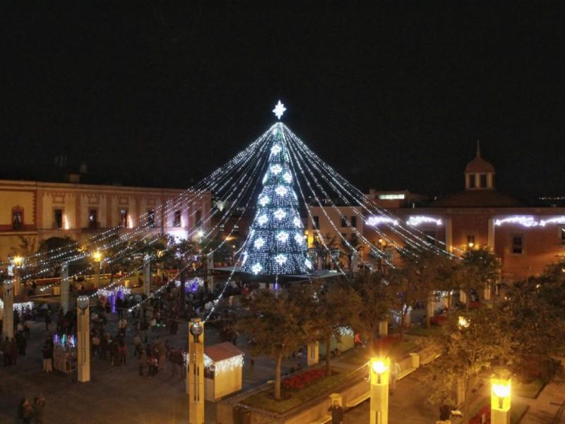 Comienzan festejos navideños en Querétaro