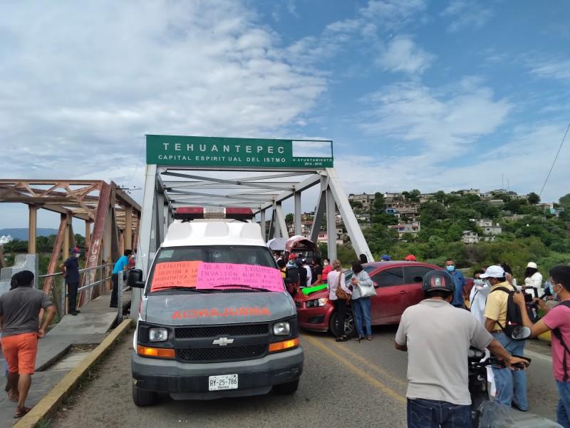 Comienzan protestas sociales para detener invasión de predios en Tehuantepec