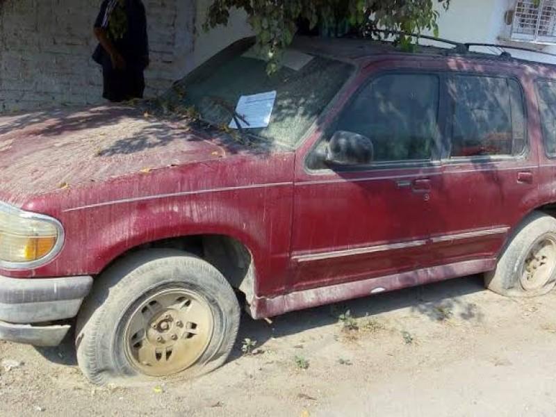 Comiezan a retirar autos abandonados de las calles