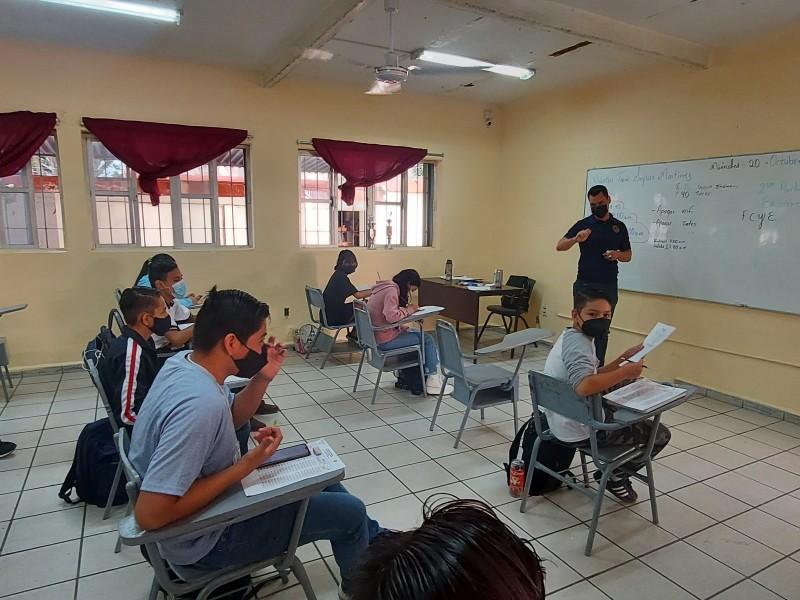 ¿Cómo es el regreso presencial a clases en Tepic?