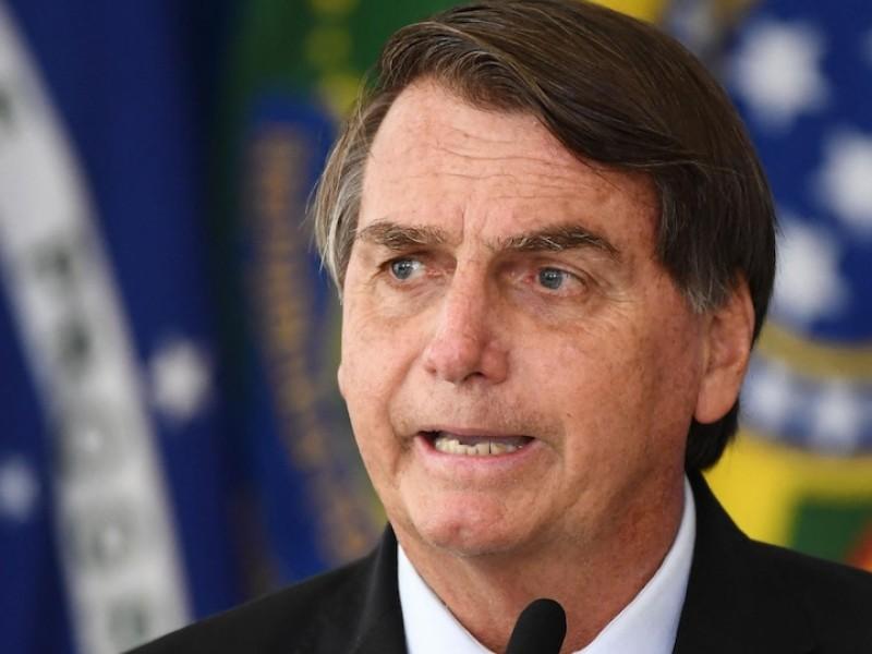 Compara Bolsonaro medidas anticovid con