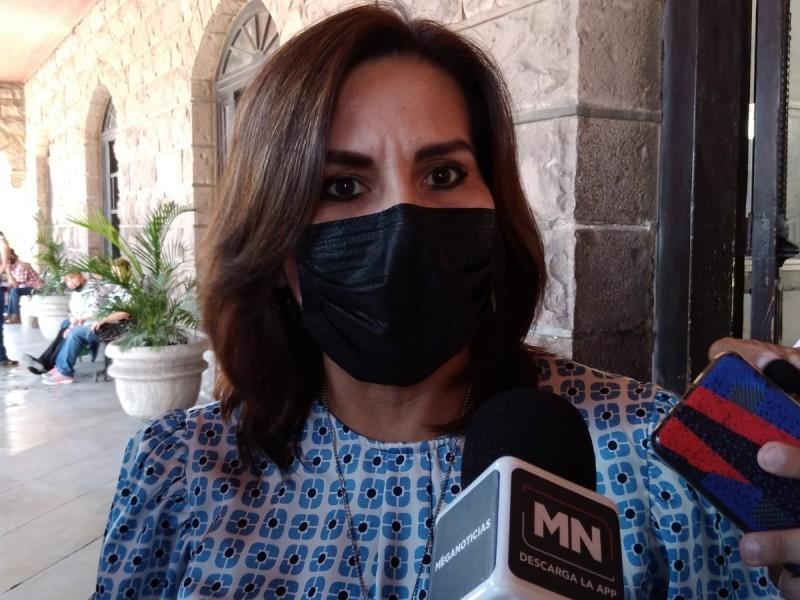 Comparece ex alcaldesa Sara Valle ante Contraloría